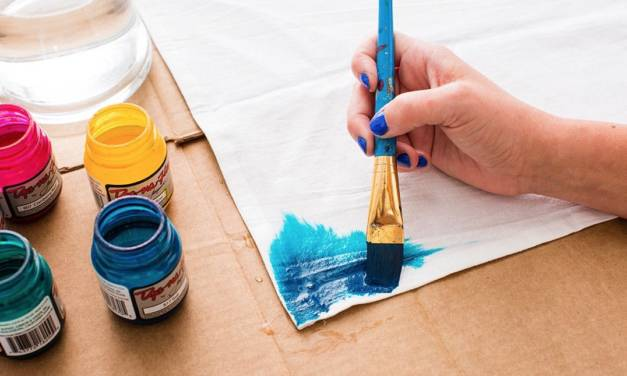 The Best Fabric Paint for Crafters: Buyer's Guide 2018